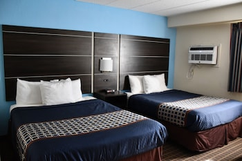 Standard Double Room, 2 Queen Beds, Accessible