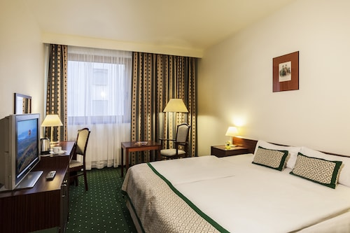Budapeszt - Danubius Hotel Hungaria City Center - ze Szczecina, 7 kwietnia 2021, 3 noce