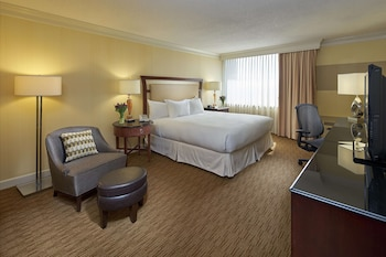 Executive Room, 1 King Bed, Business Lounge Access