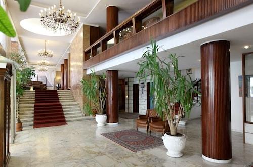 . Grand Hotel Duomo