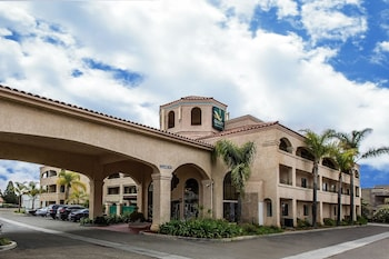 Hotel - Quality Inn & Suites Camarillo