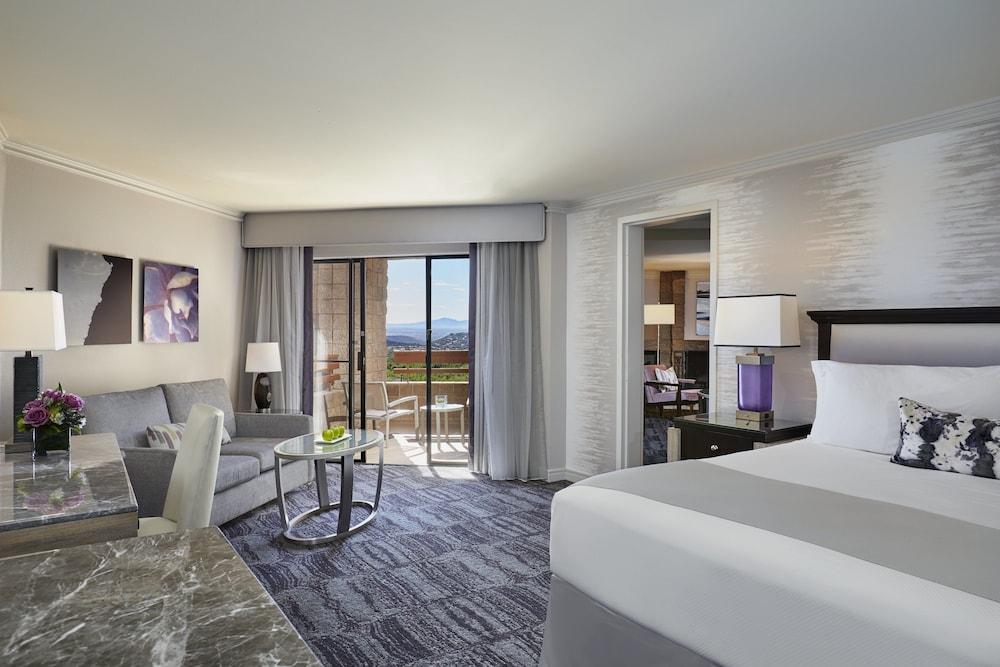 Suite (Canyon Suite)
