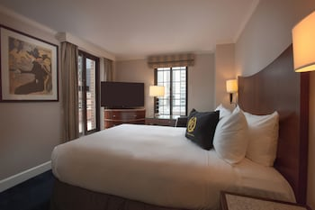 Guestroom at Westgate New York City in New York