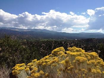 La Posada de Santa Fe, a Tribute Portfolio Resort & Spa - Hiking  - #0