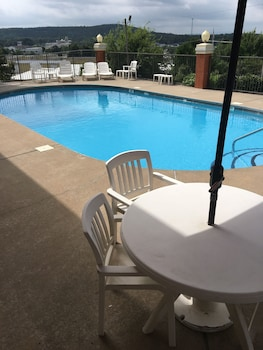 Quality Inn & Suites Clarksville