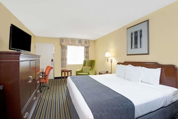 Guestroom at Days Inn by Wyndham Towson in Towson