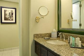 Room, Accessible, Bathtub (Parlor)