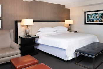 Pure, Room, 1 King Bed