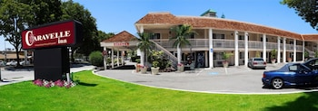 Hotel - Caravelle Inn & Suites