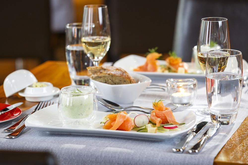 호텔 뒤 파크(Hotel Du Parc) Hotel Image 40 - Food and Drink