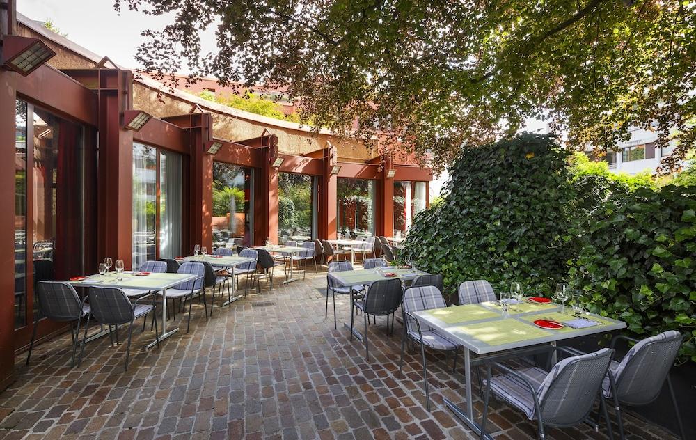 호텔 뒤 파크(Hotel Du Parc) Hotel Image 51 - Terrace/Patio