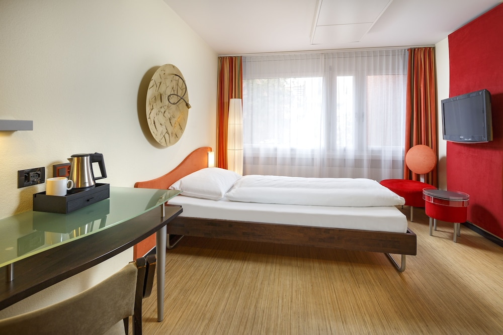 호텔 뒤 파크(Hotel Du Parc) Hotel Image 8 - Guestroom