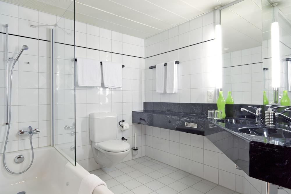 호텔 뒤 파크(Hotel Du Parc) Hotel Image 25 - Bathroom