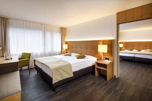__{offers.Best_flights}__ Swiss-Belhotel Du Parc Baden