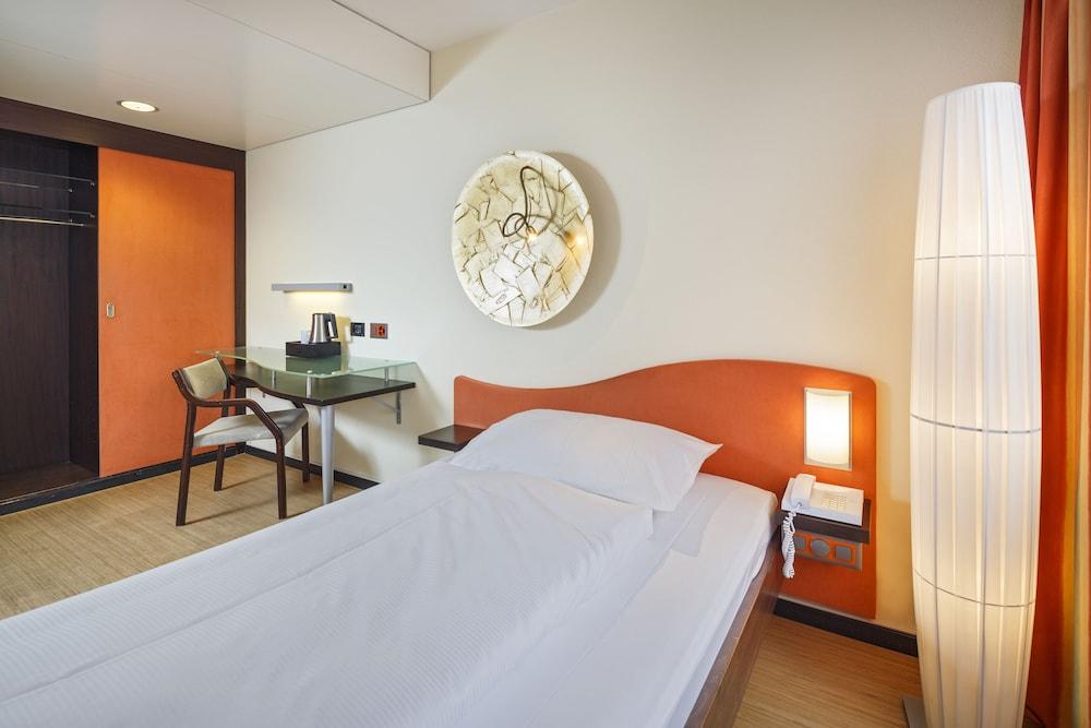 호텔 뒤 파크(Hotel Du Parc) Hotel Image 10 - Guestroom