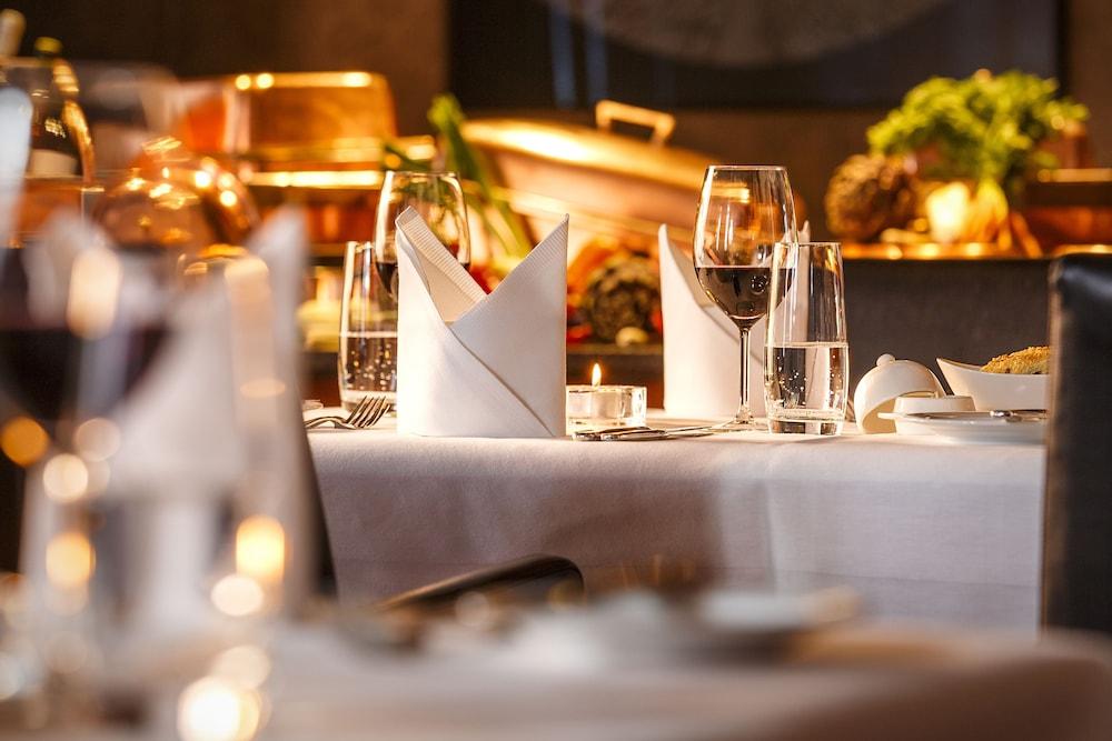 호텔 뒤 파크(Hotel Du Parc) Hotel Image 32 - Dining