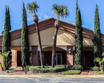 Hotel - Econo Lodge Inn & Suites Near Florida Mall