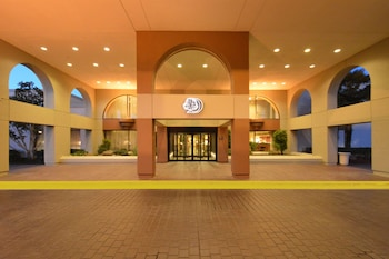 紐瓦克希爾頓逸林酒店 - 弗里蒙特 Doubletree by Hilton Newark - Fremont