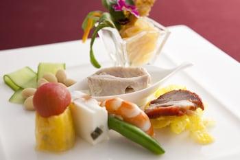 KOBE BAY SHERATON HOTEL & TOWERS Dining
