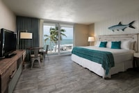 Room, 1 King Bed, Accessible, Oceanfront