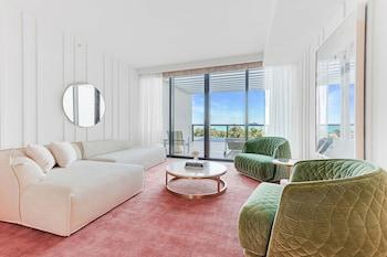 Fabulous Suite, Studio, 1 King Bed, Balcony, Ocean View