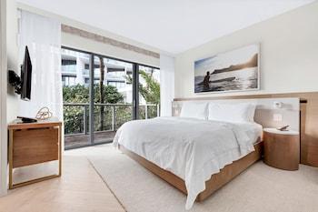 Suite, 2 Bedrooms, Non Smoking, Poolside (Poolside Bungalow)