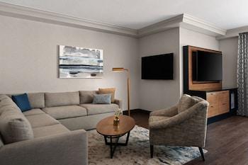 Suite, Balcony (California)