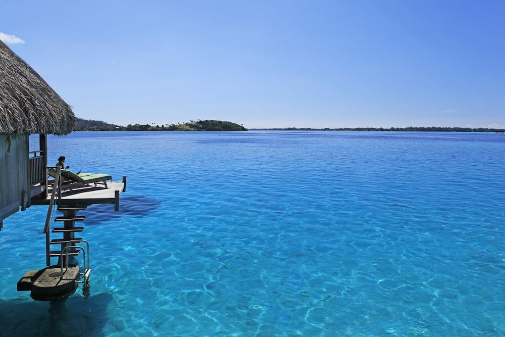 https://i.travelapi.com/hotels/1000000/20000/11900/11894/3392466d_z.jpg