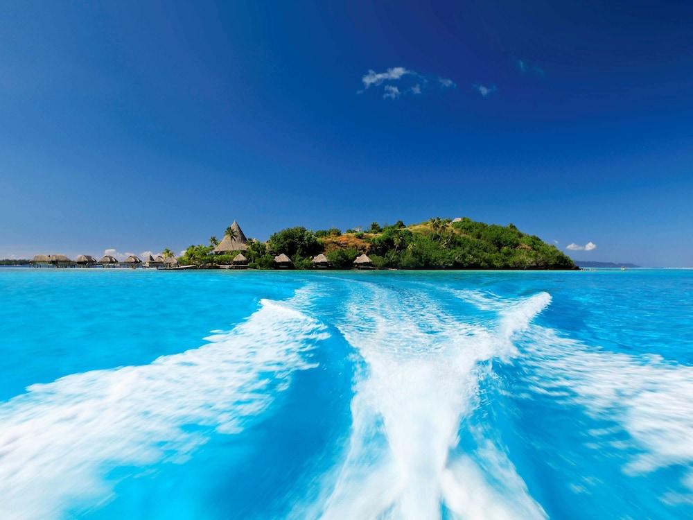 https://i.travelapi.com/hotels/1000000/20000/11900/11894/3f4de736_z.jpg