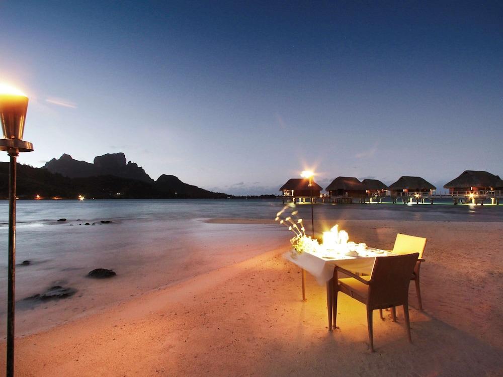 https://i.travelapi.com/hotels/1000000/20000/11900/11894/934e7356_z.jpg