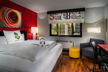 Room, 1 King Bed (Urban)