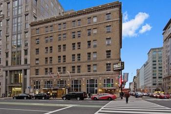 Street View at Hotel Harrington in Washington
