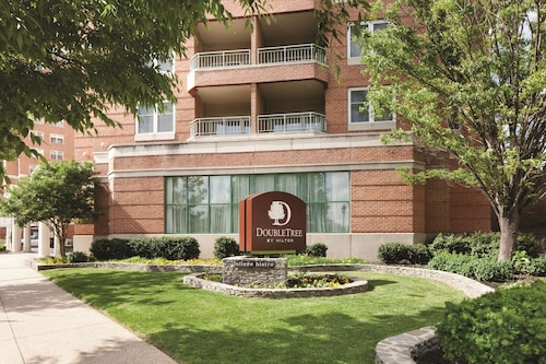 . Inn at the Colonnade Baltimore - a DoubleTree by Hilton