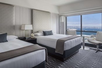 Room, 2 Double Beds, Bay View