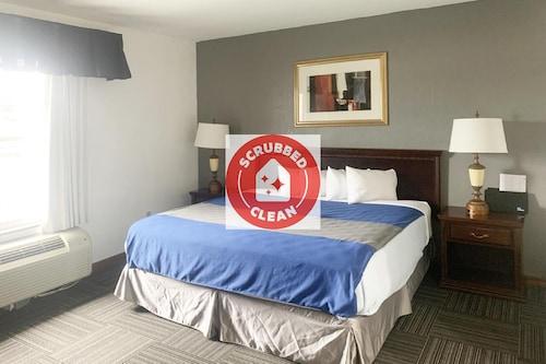 __{offers.Best_flights}__ OYO Hotel Lake St Louis