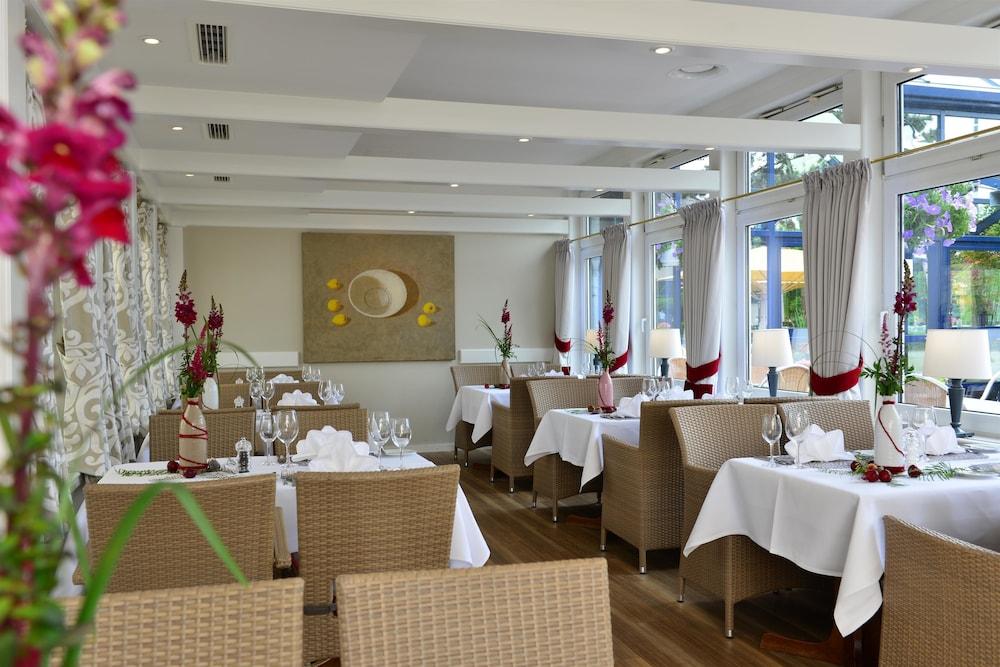 베스트 웨스턴 호텔 데어 포흐렌호프(Best Western Hotel Der Foehrenhof) Hotel Image 26 - Restaurant