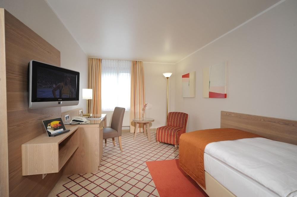 베스트 웨스턴 호텔 데어 포흐렌호프(Best Western Hotel Der Foehrenhof) Hotel Image 15 - Guestroom