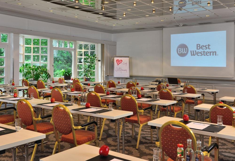 베스트 웨스턴 호텔 데어 포흐렌호프(Best Western Hotel Der Foehrenhof) Hotel Image 46 - Meeting Facility