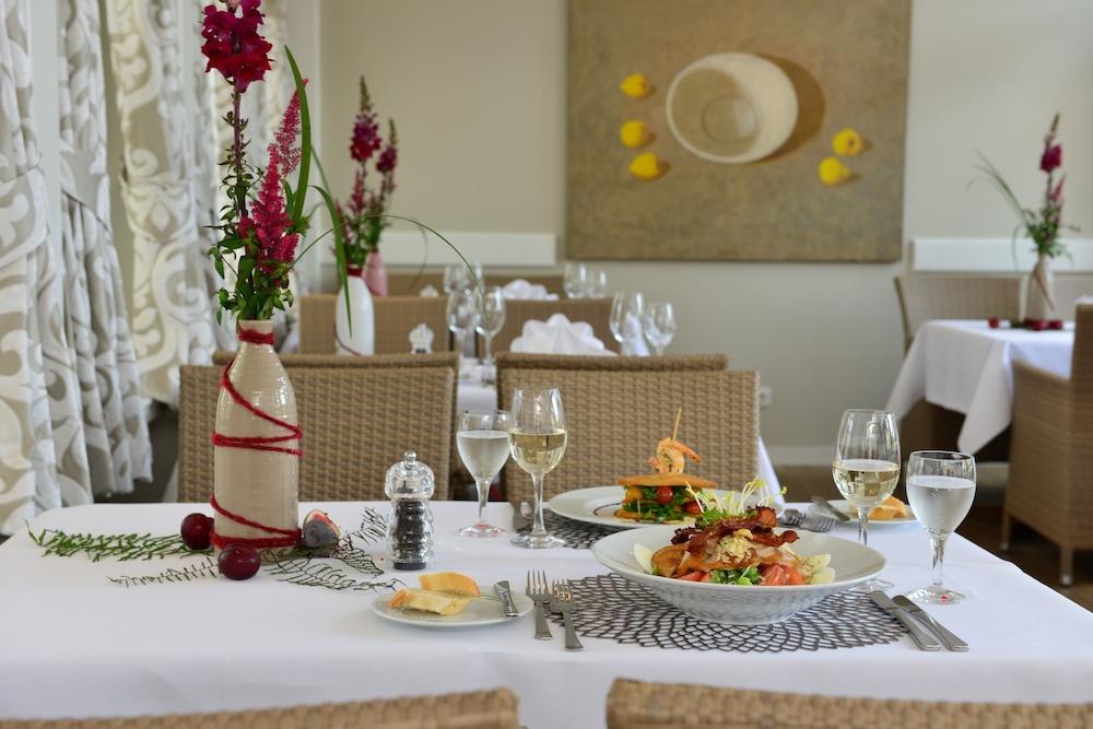 베스트 웨스턴 호텔 데어 포흐렌호프(Best Western Hotel Der Foehrenhof) Hotel Image 34 - Food and Drink