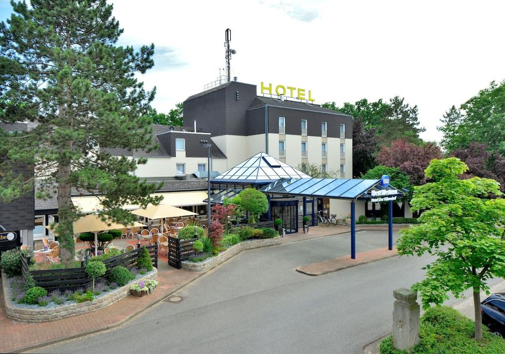 베스트 웨스턴 호텔 데어 포흐렌호프(Best Western Hotel Der Foehrenhof) Hotel Image 54 - Hotel Front