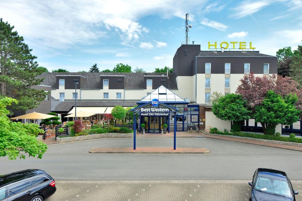 베스트 웨스턴 호텔 데어 포흐렌호프(Best Western Hotel Der Foehrenhof) Hotel Image 53 - Hotel Front