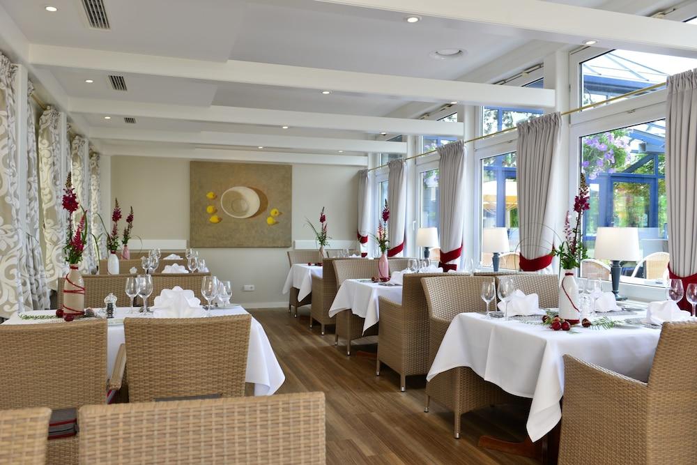 베스트 웨스턴 호텔 데어 포흐렌호프(Best Western Hotel Der Foehrenhof) Hotel Image 22 - Restaurant