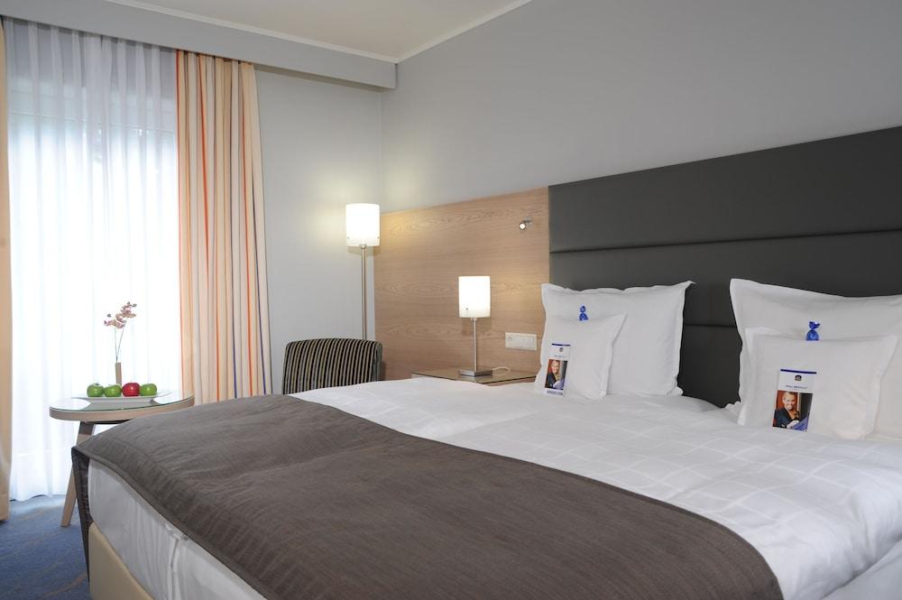 베스트 웨스턴 호텔 데어 포흐렌호프(Best Western Hotel Der Foehrenhof) Hotel Image 9 - Guestroom
