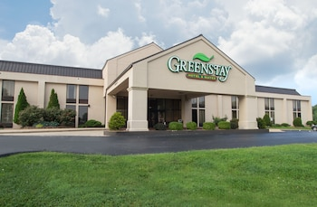 Hotel - Greenstay Hotel & Suites