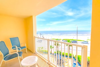 Suite, 1 King Bed with Sofa bed, Ocean View