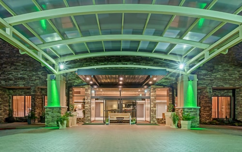 . Holiday Inn Tyler-Conference Center