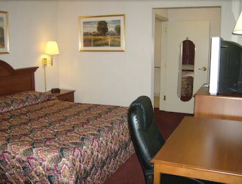 Hotel - Harrisonville Inn & Suites
