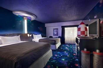 Room, 2 Queen Beds, Non Smoking (Space Theme)
