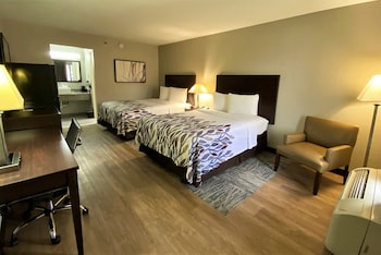 Deluxe Room, 2 Double Beds, Refrigerator (Smoke Free)