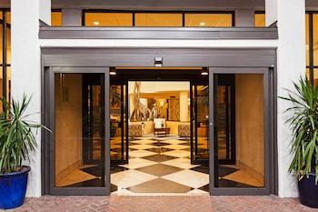 邁爾斯堡皇冠假日飯店 Crowne Plaza Fort Myers, an IHG Hotel